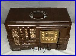 1939 ART DECO Bakelite MARBLEIZED Fada VINTAGE AM vacuum Tube Radio