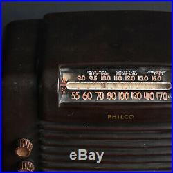 1940s American Bakelite Radio Vintage Tube Radio Philco 48-464 (1948)