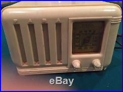 1947 FADA 740 Vintage Radio Ivory Bakelite Art Deco