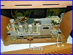 1959 Zenith AM/FM Long Distance Tube Radio Model X334 Works Vintage Antique Tabl