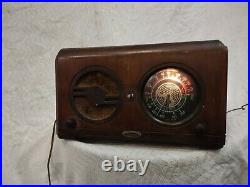 Admiral Model A-31 Antique Wood Cabinet AM / SW Tube Radio From 1936 Vintage Old