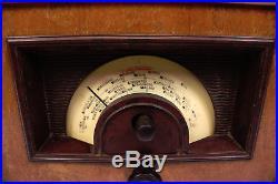 Altes Röhrenradio AM Rundfunkempfänger HOLZ Bakelit Tube Radio Vintage 1930er