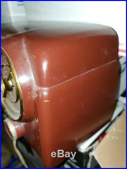 Antique Crosley dashboard vintage bakelite Clock/tube Radio