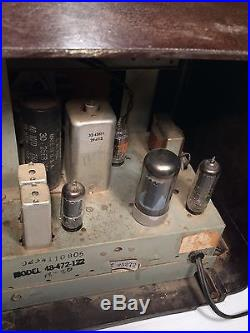 Art Deco Vintage 1948 Philco Model 48-472 Brown AM/FM Table Radio