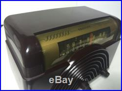 Bakelite Crosley 1948 Vintage Antique Tube Radio AM-FM