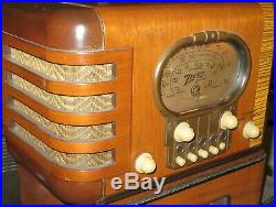 Beautiful Vintage Zenith 5-S-319 Broadcast & Shortwave Tube Radio Working