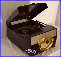 CLEAN! WORKS! Vintage Zenith K566 Cobra Matic Tube Radio Phonograph Turntable