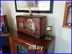Detrola Vintage Tube Radio Serviced Model 146E