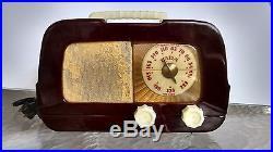 FADA vintage model 711 Catalin Radio Polished Maroon bakelite nice works well