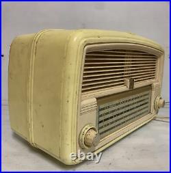 Fabulous Vintage Cream Awa Valve Radio