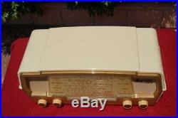 Fantastic Retro Vintage Kriesler 11-71 Ivory & Gold Valve Tube Radio Late 1950's
