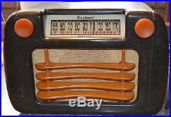 Fantastic Sentinel Bakelite 284-NR Catalin Tube Radio Vintage Deco