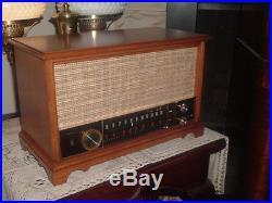 GORGEOUS VINTAGE ORIGINAL ZENITH K731 TUBE WOOD AM FM AFC RADIO WORKS GREAT