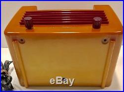 General Electric L-570 1940 Catalin Bakelite vintage vacuum tube radio