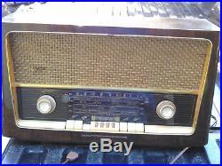 Grundig 3028 Vintage Valve Short Waze Radio Excellent Condition