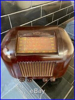 Kreisler Vintage Bakelite Tube Radio 11-20