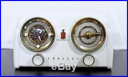 Mid Century Modern Vintage Crosley Bakelite White Clock Radio 1950s