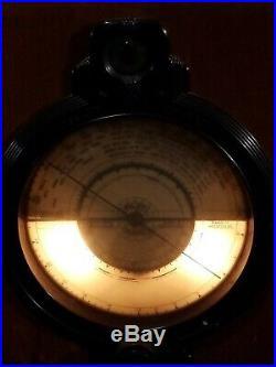 Old Antique Wood Pilot G284 Vintage Tube Radio Art Deco Table Top
