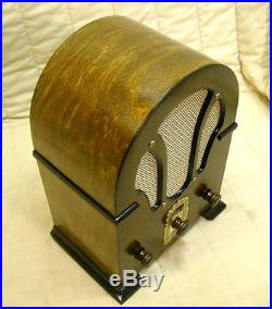 Old Antique Wood RCA Victor Vintage Tube Radio Restored & Working Table Top