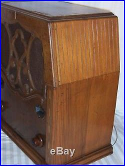 ## PRICE CUT DAILY ## vtg Zenith 712 ornate tube radio black dial art deco 1933
