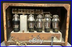 Philco 1939 ULTRA DECO vintage Vacuum Tube Wood Radio