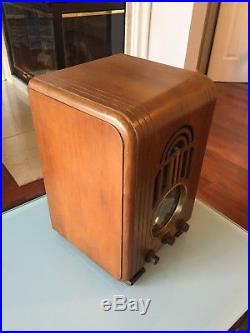 Rare Vintage Art Deco 1938 Zenith 5S228 Tabletop Tombstone Wooden Tube Radio