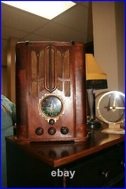 Recapped Zenith 5-S-29 Vintage Tube Tombstone Wood Radio