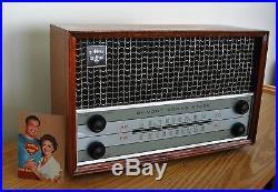 Restored Vintage DuMont 1960's High Fidelity am / fm Tube Radio, & Hi-Fi Player