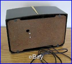 Restored Vintage RCA Model 8x541 Bakelite Table Radio from 1949