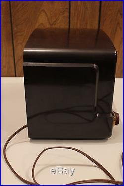 Retro GE General Electric Model 115 Bakelite Antique Vtg. AM Tube Radio WORKS