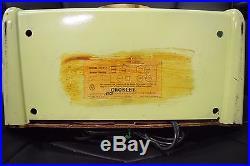 Retro Vintage Crosley Dashbord Tube Radio 10-137 Chartreuse Lime Green Bakelite