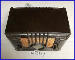 STUNNING DECO 1936 Emerson mid century vintage bakelite vacuum tube radio