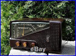 Serviced Near MINT Antique Vintage ZENITH R721 Bakelite Tube Radio Works