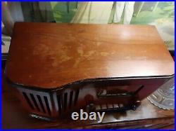 Silvertone 6230 vintage tube tuning eye radio