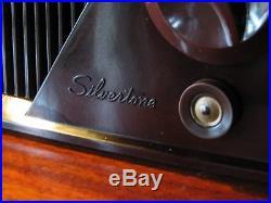 Silvertone vintage tube radio model 9000