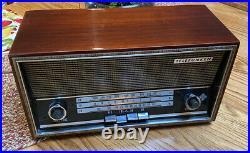 TELEFUNKEN Jubilate 205 AM FM Radio EXCELLENT WORKING CONDITION Vintage
