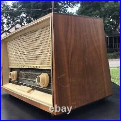 Telefunken Jubilate De Luxe 1261 FUNCTIONAL Made in Germany Vintage Tube Radio
