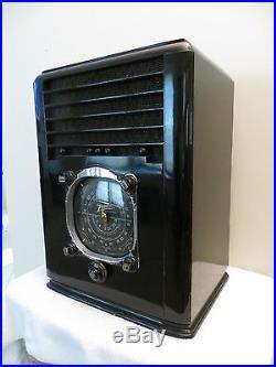 Vintage 1938 Old Zenith Black & Chrome Large Dial Art Deco Antique Tube Radio