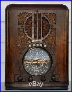 VTG (1938) 6-S-330 Zenith Tombstone Black Dial Tube Radio BEAUTIFUL Cabinet