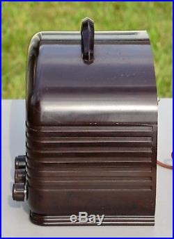 VTG (1939) Arvin 602 Broadcast Tube Radio Receiver with Bakelite Cabinet WORKS