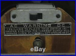 Vtg 1939 Detrola Wood Cathedral Clock/tube Radio-detroscope Model 302