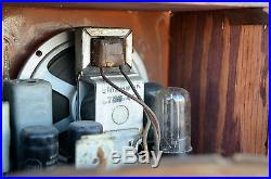 VTG (1939) Working Emerson Model 247 Snow White Tube Radio Repwood