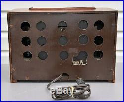VTG (1940) RCA Victor 16X4 AM Broadcast Tube Radio Receiver IT WORKS