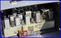 VTG (1956) Zenith Y825 AM/FM Tube Radio Receiver with White Bakelite Cabinet