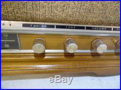 VTG 1966 Sears Silvertone Table Top Tube AM/FM Radio Model 6021 Wooden Cabinet