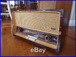VTG GRUNDIG RADIO 2440 AM-FM-SW TUBES Wood Cabinet FULLY RESTORED Watch it Play