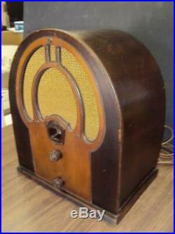 Vintage 1930's Philco Jr. Cathedral Tube Radio-Working