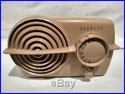 Vintage 1940's Crosley Model 11-118U Bullseye Midget Deco Tube Radio Bakelite