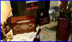 Vintage 1940's Farnsworth Et-066 Tube Am Radio Restored Works Great Very Nice
