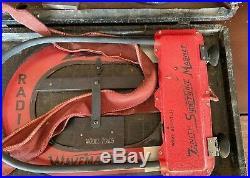 Vintage 1942 Zenith Bomber Long Distance Radio Model 7G605